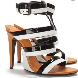 Bottega Venetia size 39 Strappy Patent Sandal